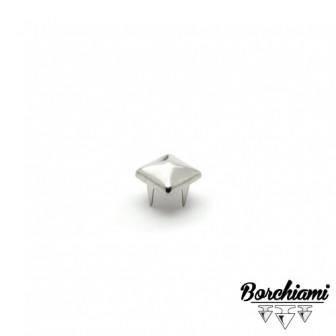Pyramid-shape Claw Stud (8x8mm)
